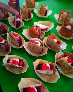 tacos de atún rojo con satsiki
