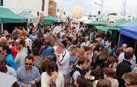 El centro de Playa Blanca lució a tope los dos días de Feria.