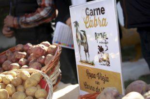 El Mercadillo de Teguise ofrecerá este domingo degustaciones de carne de cabra