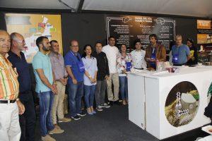 Las autoridades de la isla visitaron la V Feria del Queso y la Cabra de Playa Blanca